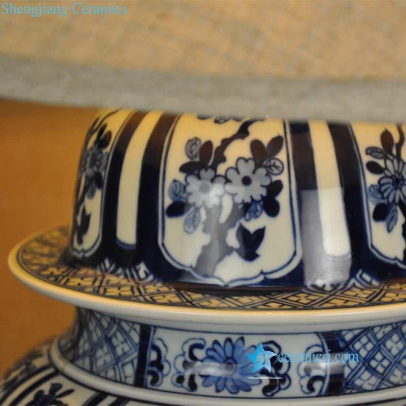 blue and white flower pattern ceramic lamp