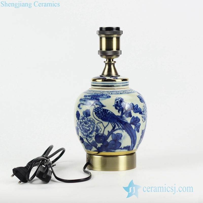 blue and white hand paint  bird floral pattern China traditional porcelain lamp