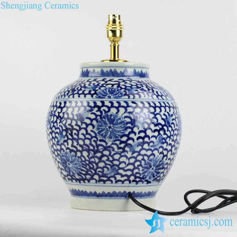 Chinese  blue and white countryside type round porcelain  desk lamp