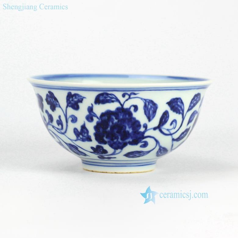 Round handmade  flower  pattern blue and white ceramic dinnerware