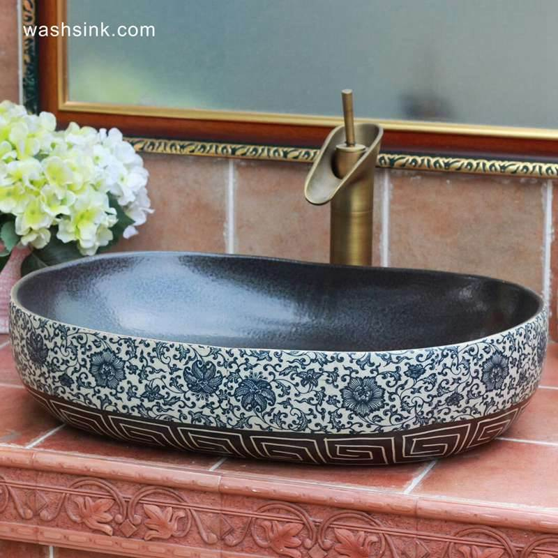 Blue and white flower pattern and carved vortex pattern oval shape  ceramic sink top
