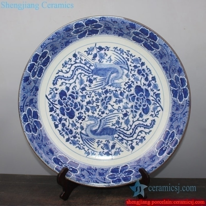 elegant tabletop ceramic decorative plate with pattern